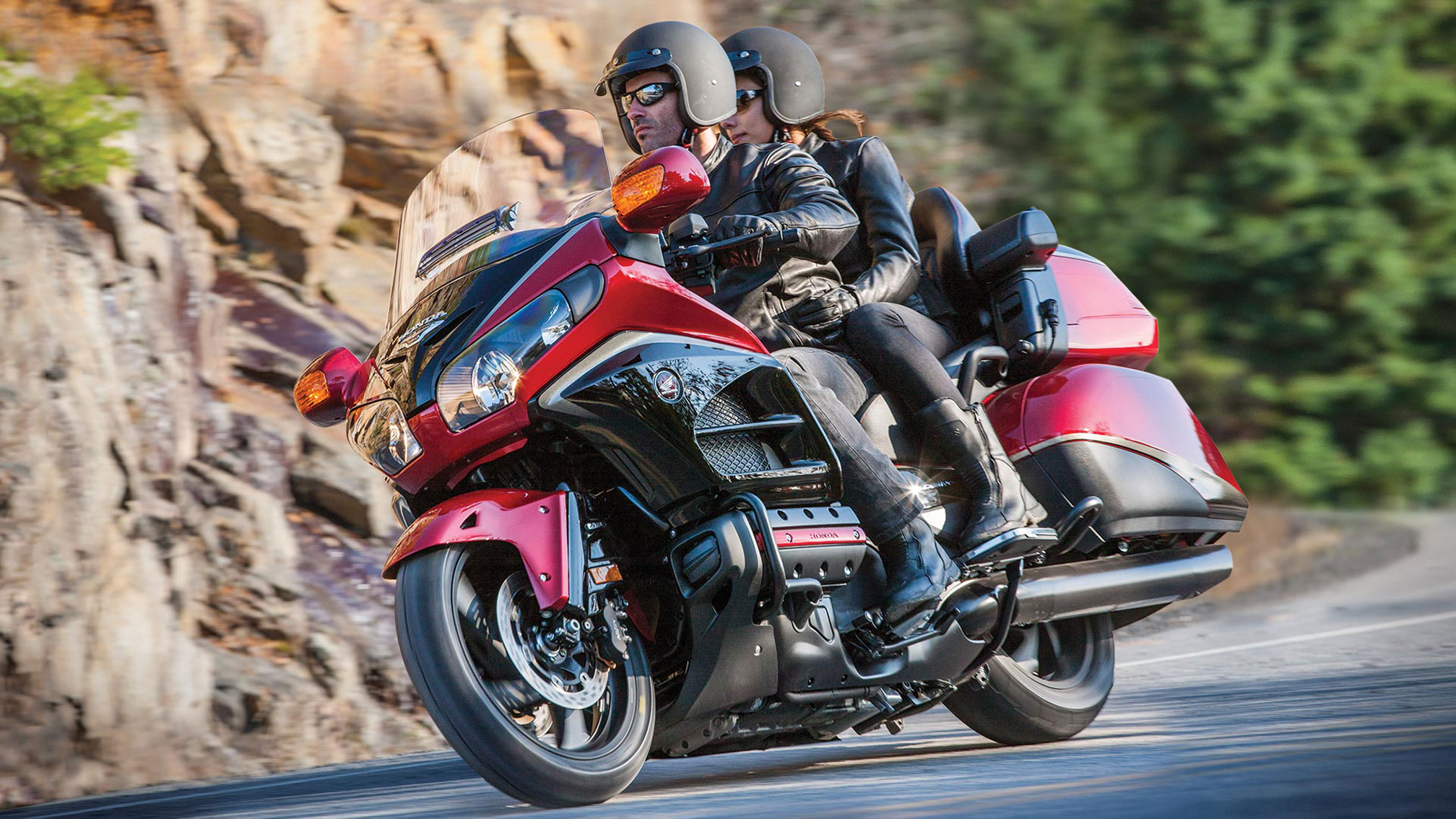 2016 Honda Gold Wing GL1800 Audio Comfort Review