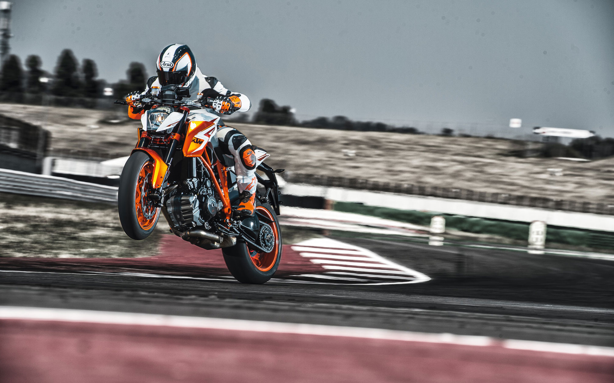 Ktm Super Duke R Special Edition Review