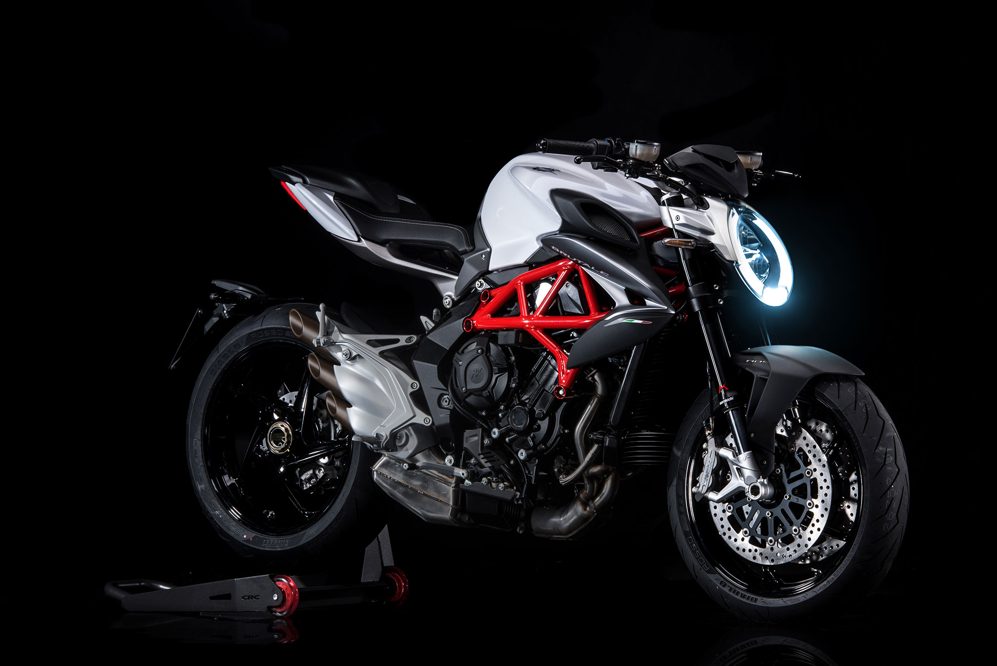 2016 MV Agusta Brutale 800 Review