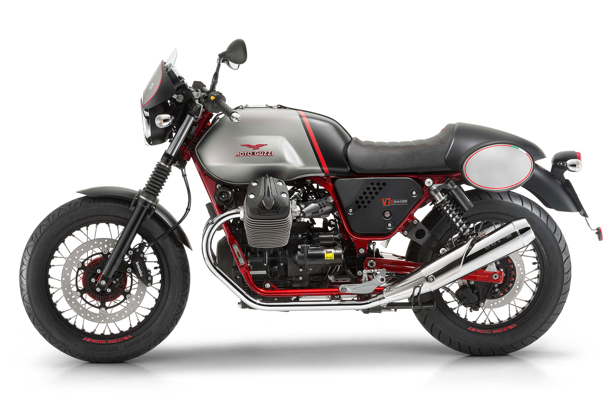 2017 moto guzzi v7 ii racer review. Black Bedroom Furniture Sets. Home Design Ideas