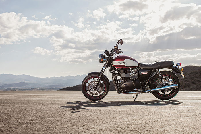 2016 Triumph Bonneville New Church
