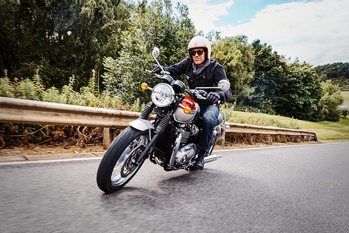 2015 Readers Choice Award : 2016 Triumph Bonneville T120