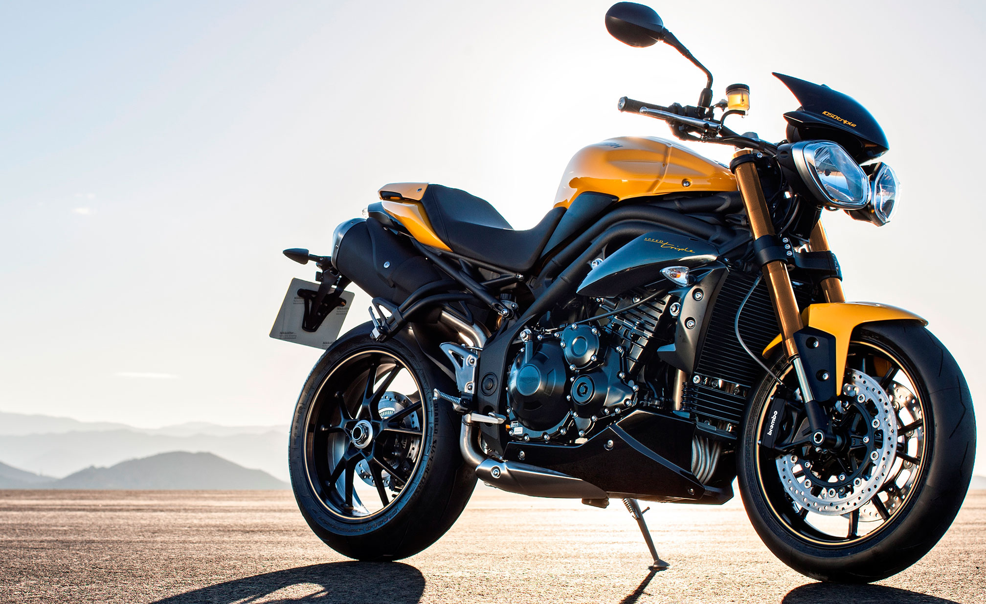 motorcycle pic 94  2016 Triumph Speed Triple 94 Review