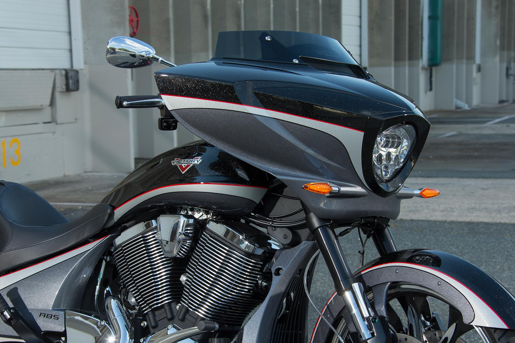 2016 Victory Magnum Review