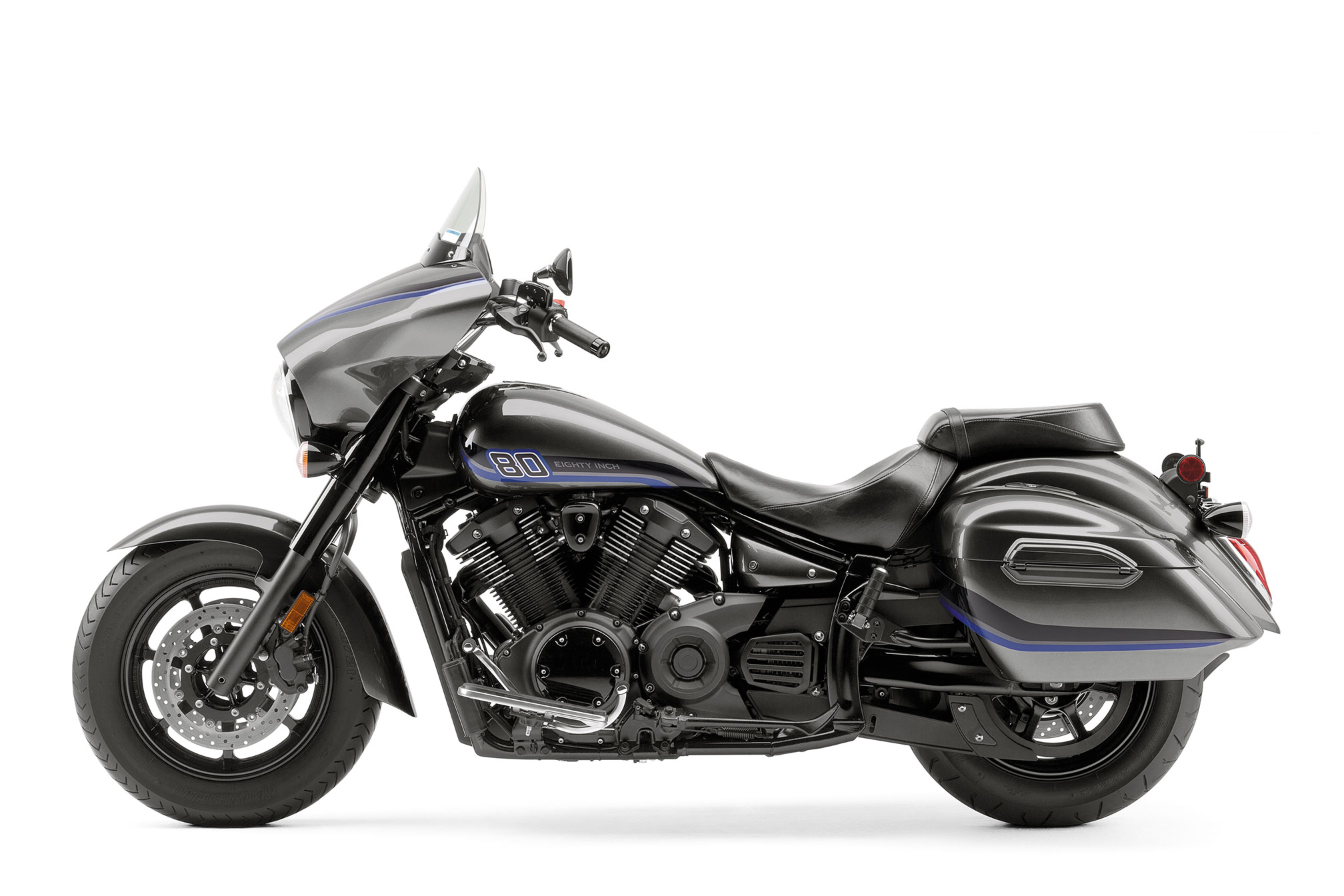 2016 yamaha v star 1300 deluxe review