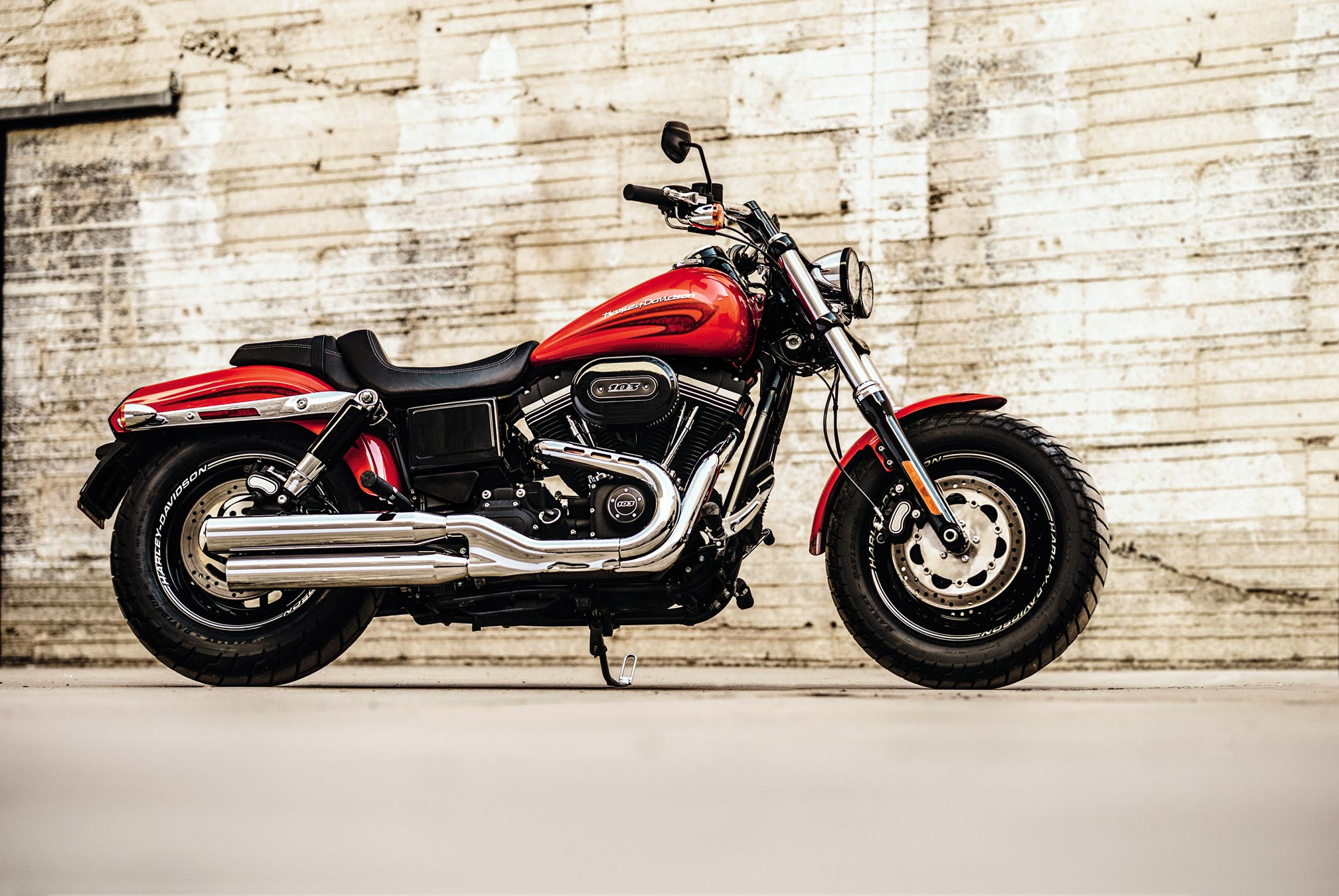 2017 harley davidson fat bob review. Black Bedroom Furniture Sets. Home Design Ideas
