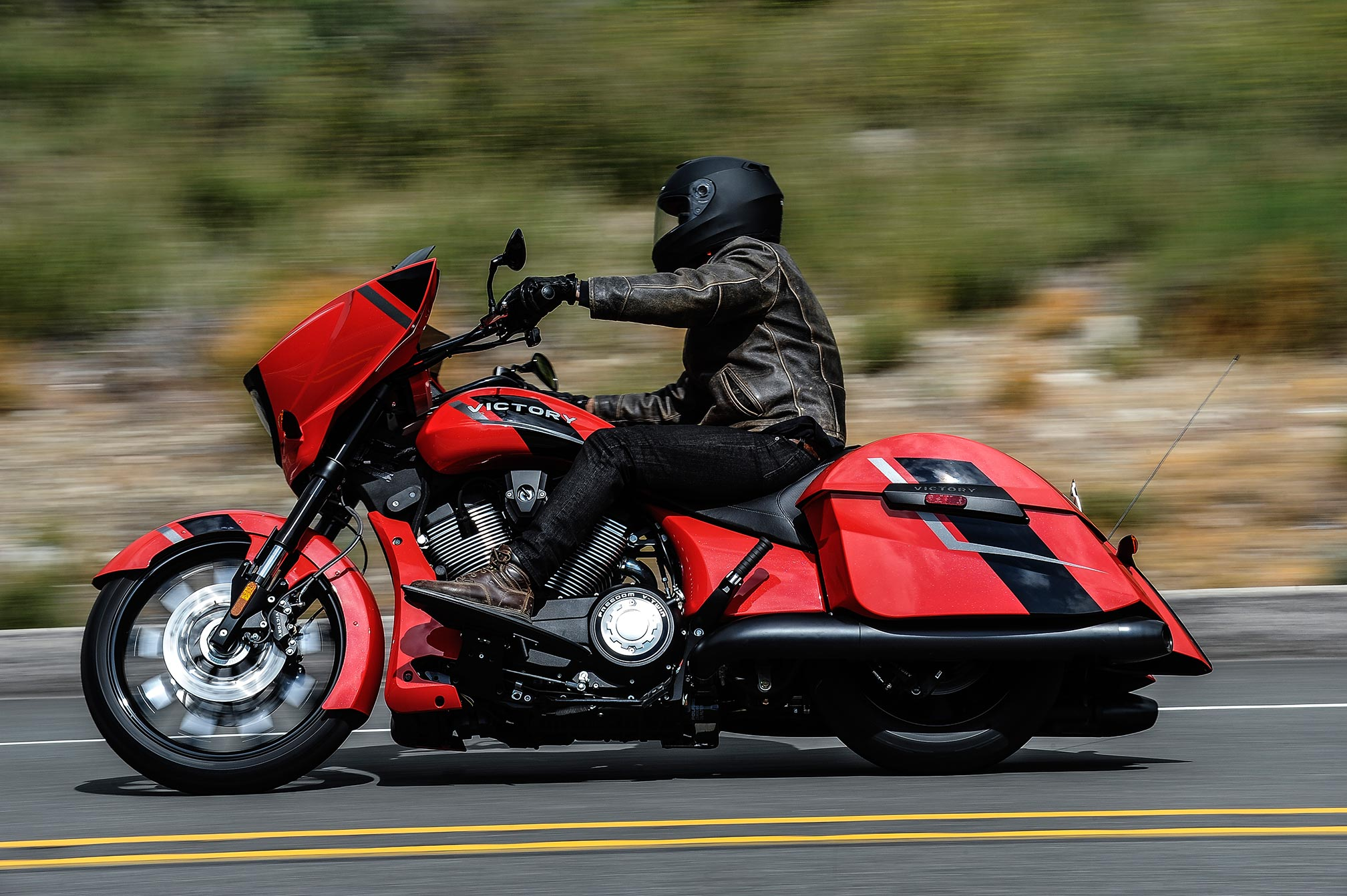 2017 Victory Magnum Review