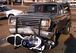 IMAGE(http://www.totalmotorcycle.com/pics/Motorcycle-Accident-Bronco.jpg)