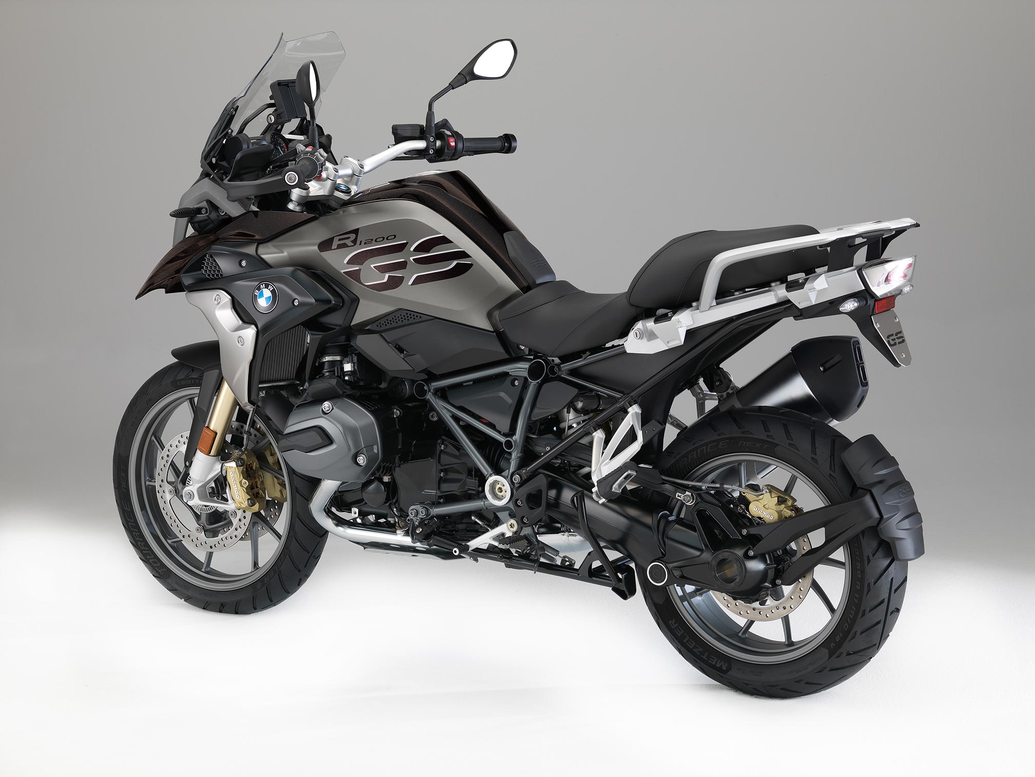 2017 bmw r1200gs review. Black Bedroom Furniture Sets. Home Design Ideas