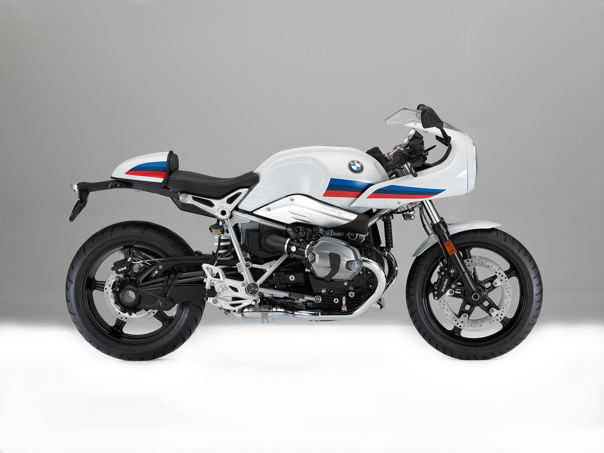 2017 bmw r ninet racer review. Black Bedroom Furniture Sets. Home Design Ideas