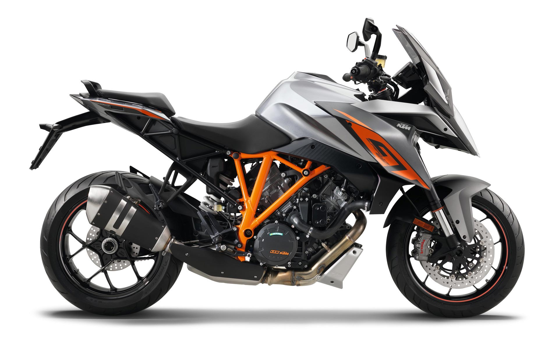 2017 ktm 1290 super duke gt review. Black Bedroom Furniture Sets. Home Design Ideas