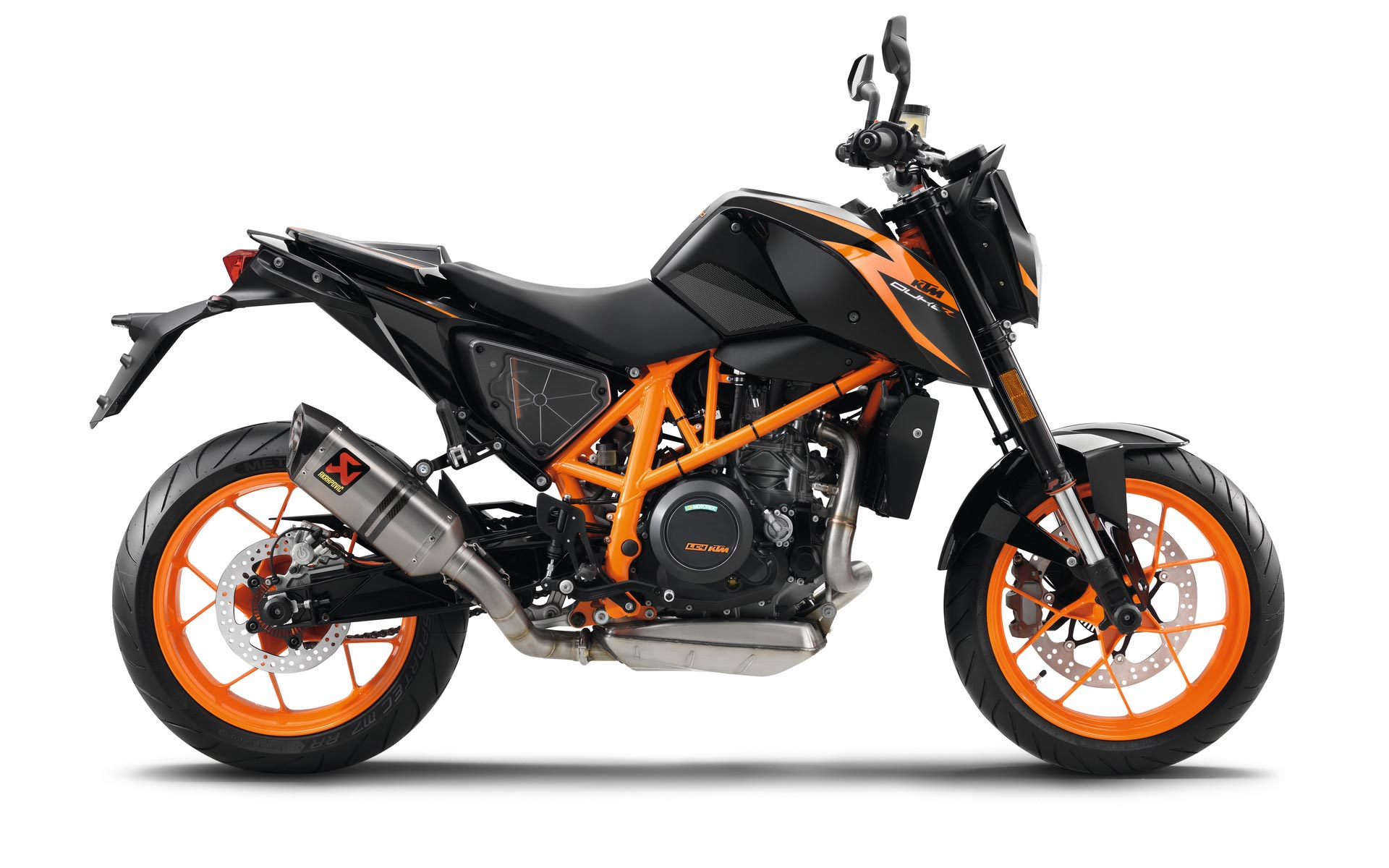 2017 ktm 690 duke review. Black Bedroom Furniture Sets. Home Design Ideas