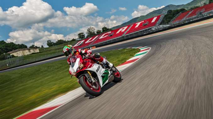 2018 ducati 1299 panigale r final edition review - totalmotorcycle
