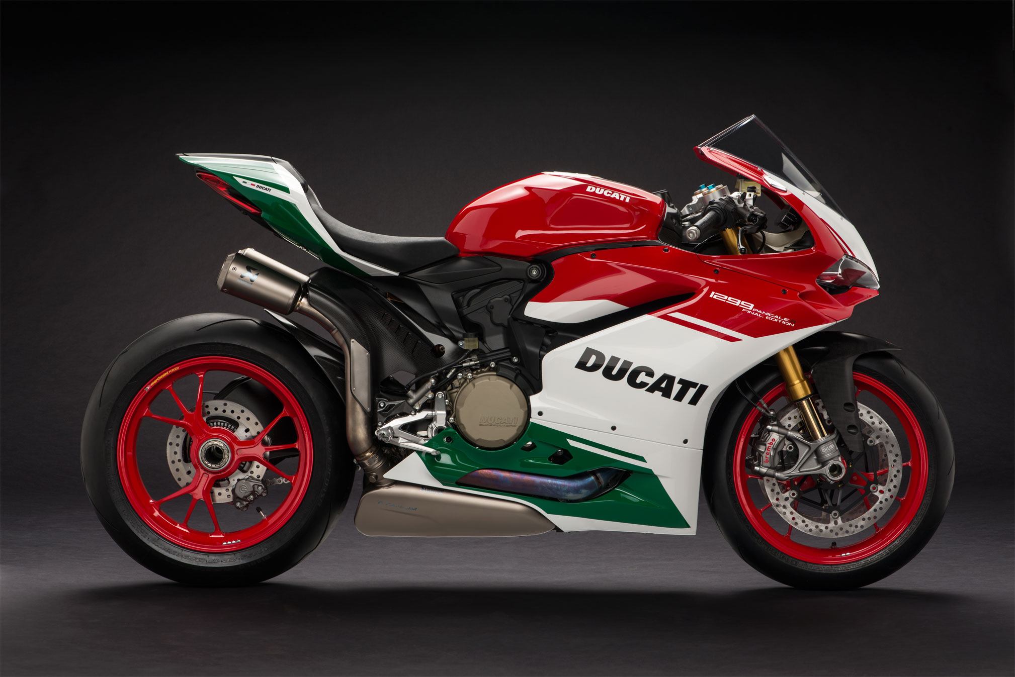 2018-Ducati-1299-Panigale-R-Final-Edition2