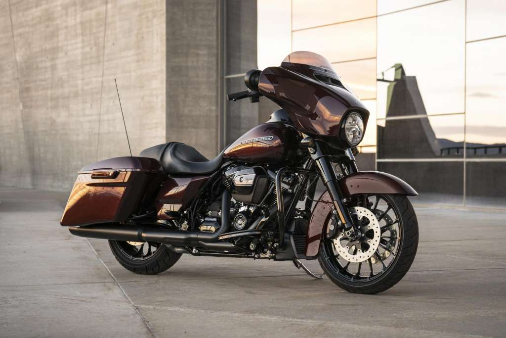 2018 Harley Davidson Street Glide Special Review Total