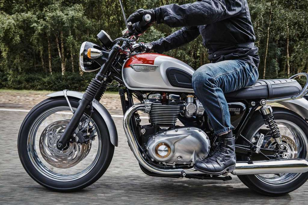 2018 Triumph Bonneville T120 Review Total Motorcycle