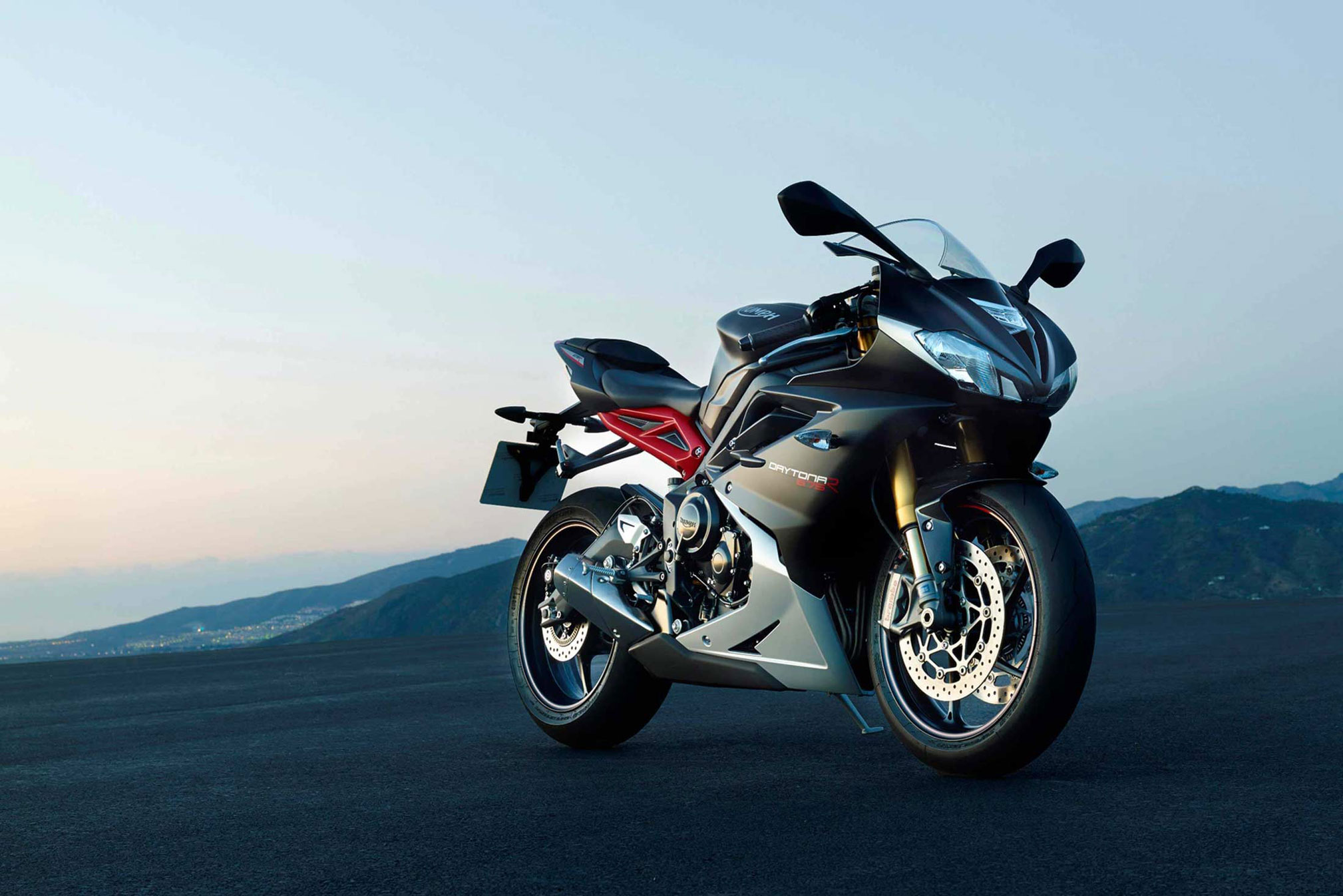 2018 Triumph Daytona 675r Review Total Motorcycle