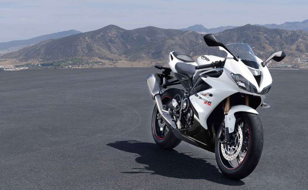 2018 Triumph Daytona 675 Review Total Motorcycle