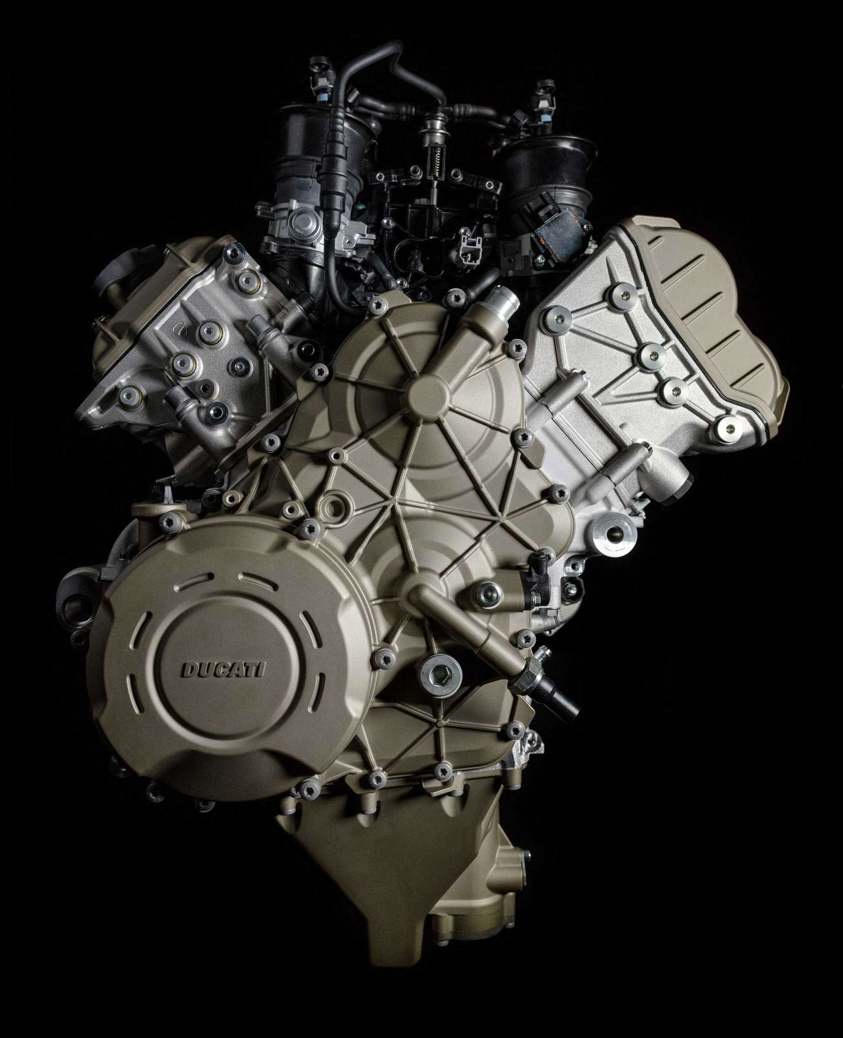 Yamaha 4 Cylinder Motorcycle Engine: 2018 Ducati Desmosedici Stradale V4 Engine Review • Total