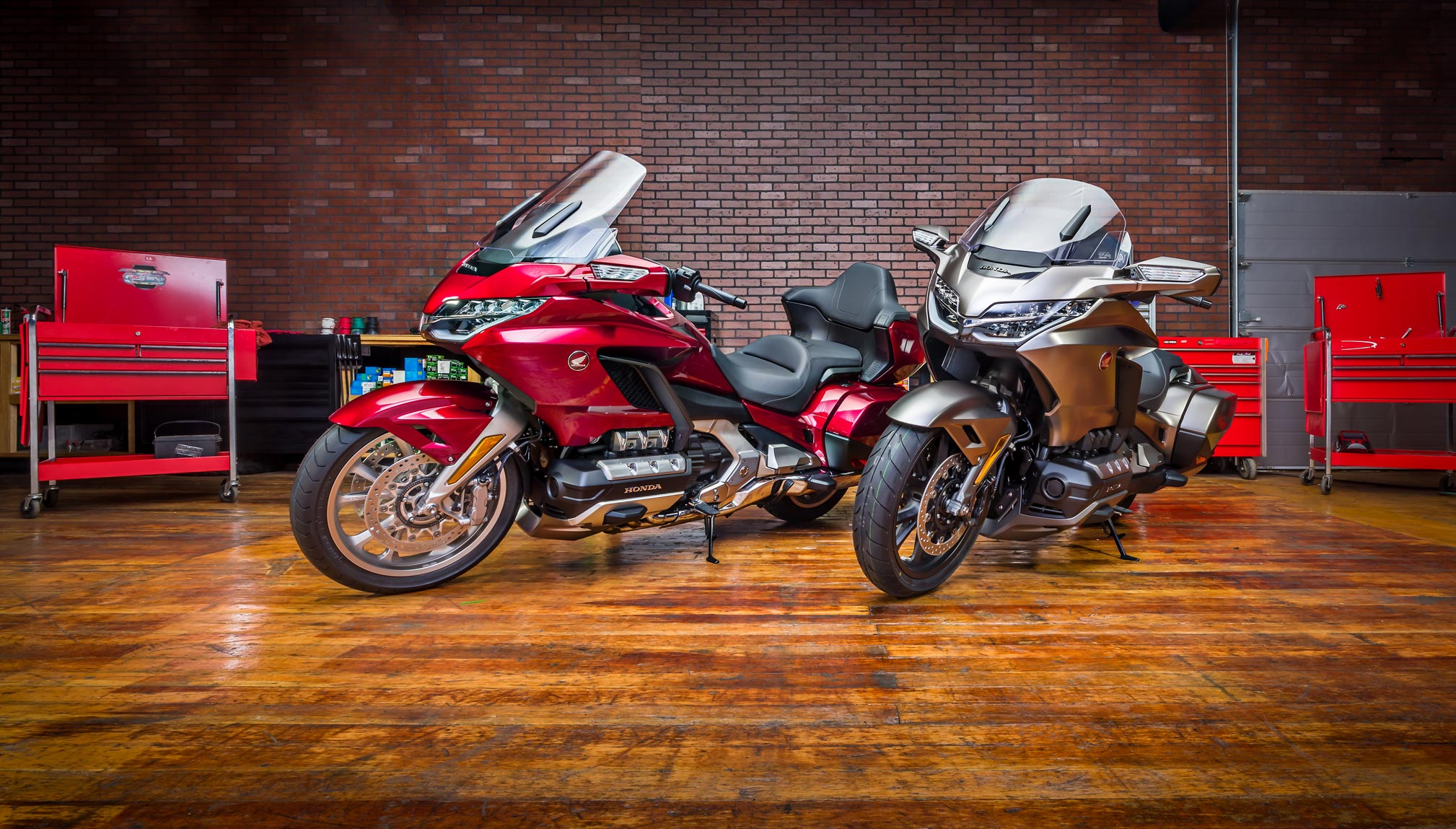 2018-Honda-Gold-Wing-Tour-Airbag-Automatic-DCT1