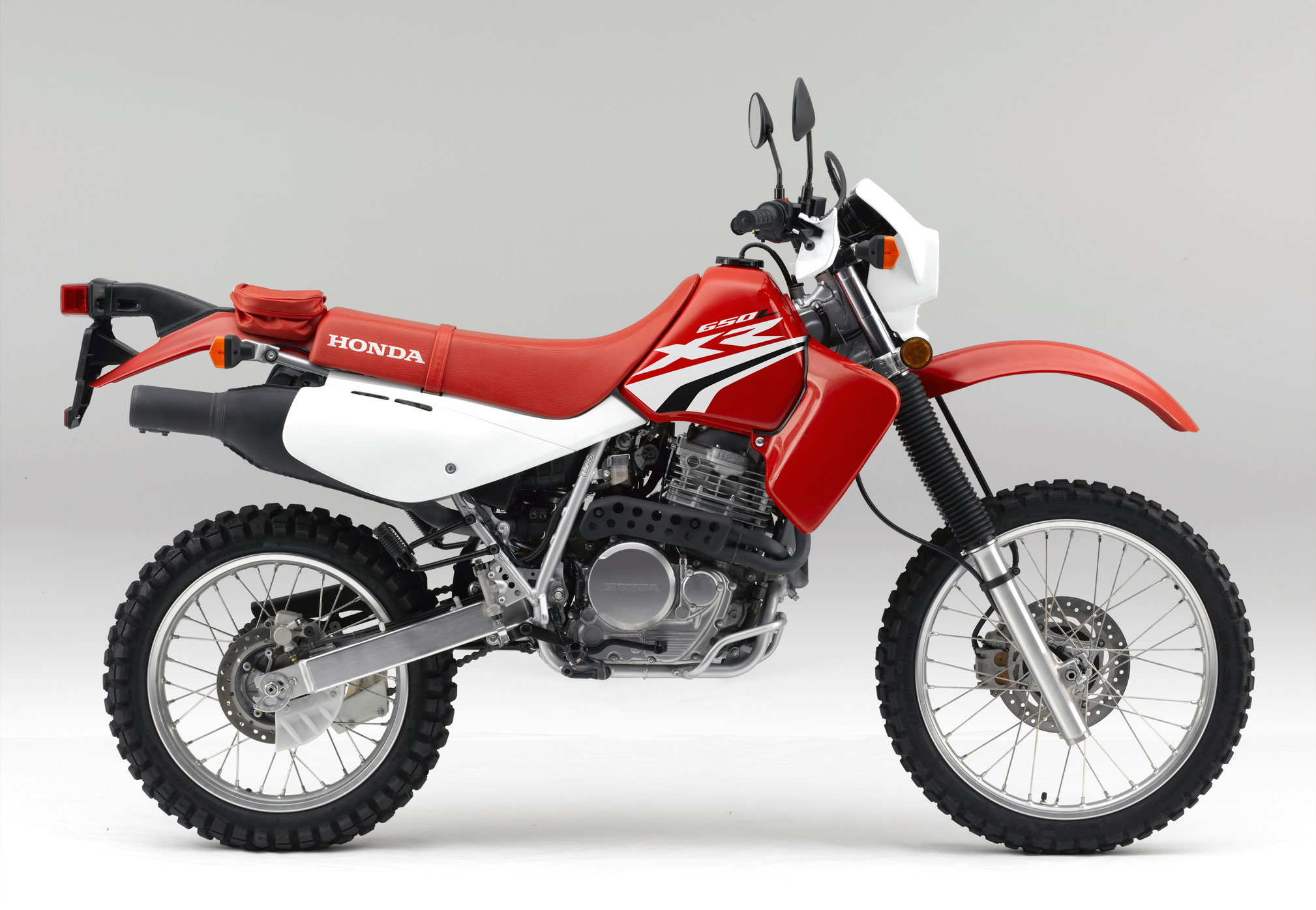 2018 honda xr650l review total motorcycle. Black Bedroom Furniture Sets. Home Design Ideas
