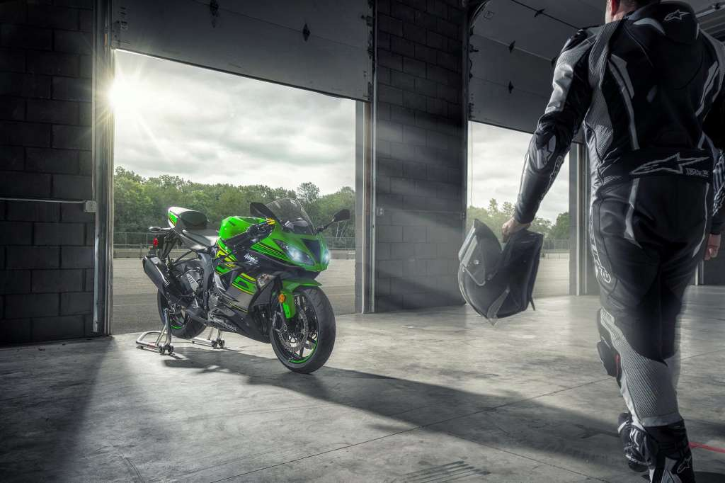 2018 Kawasaki Ninja Zx 6r Abs Krt Review Total Motorcycle
