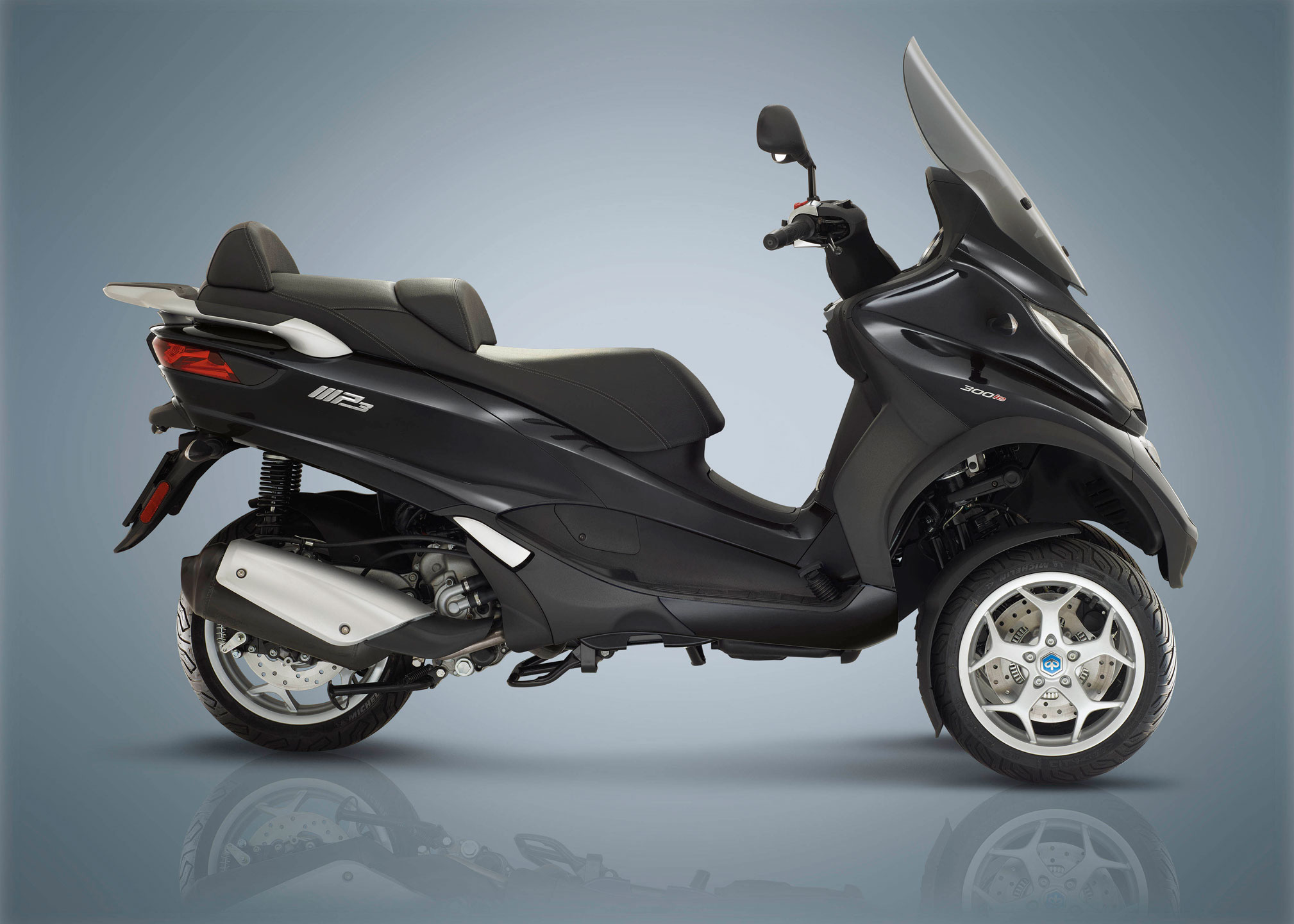 2018-Piaggio-MP3-500-Business-LT-ABS-ASR3