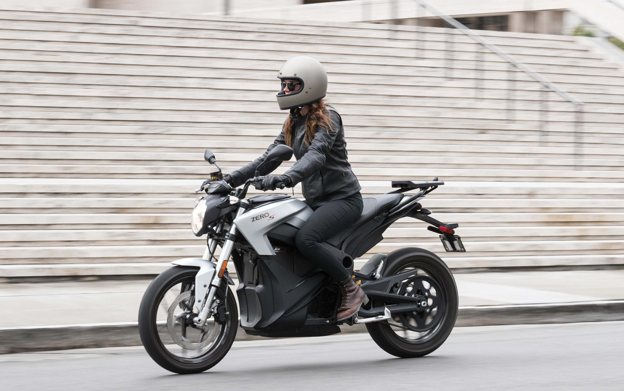 review total motorcycle