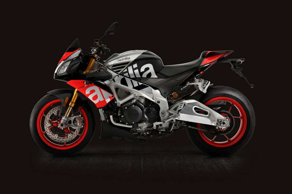 2018 aprilia tuono v4 1100 factory review total motorcycle. Black Bedroom Furniture Sets. Home Design Ideas