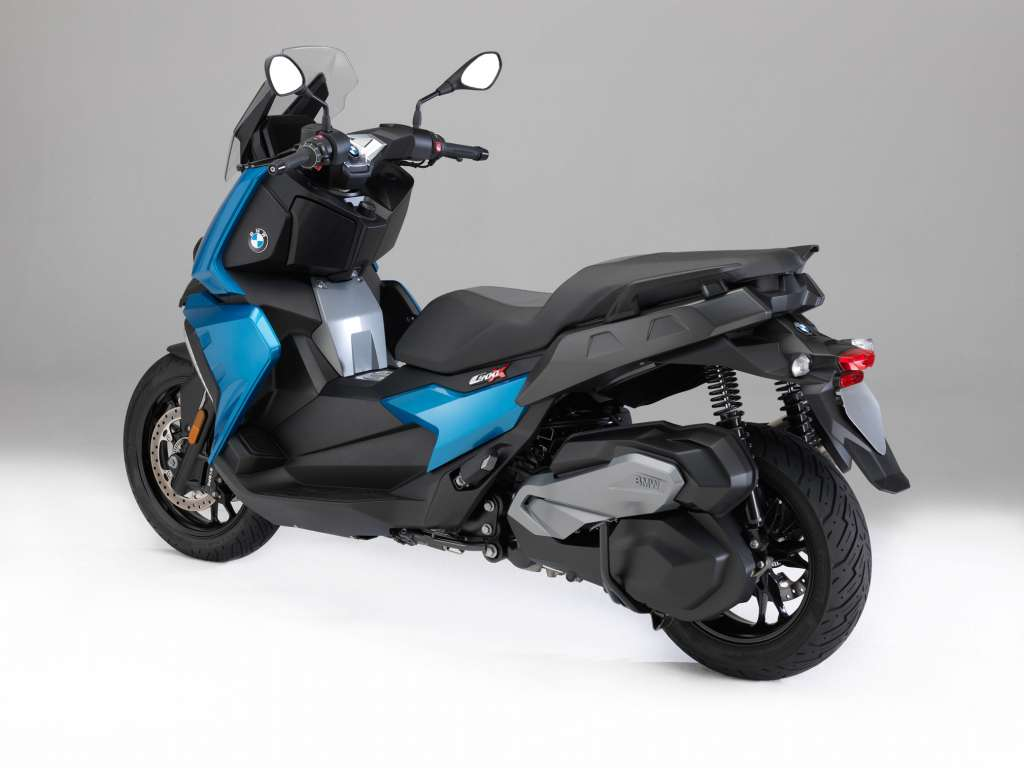 2018 bmw c400x review totalmotorcycle. Black Bedroom Furniture Sets. Home Design Ideas
