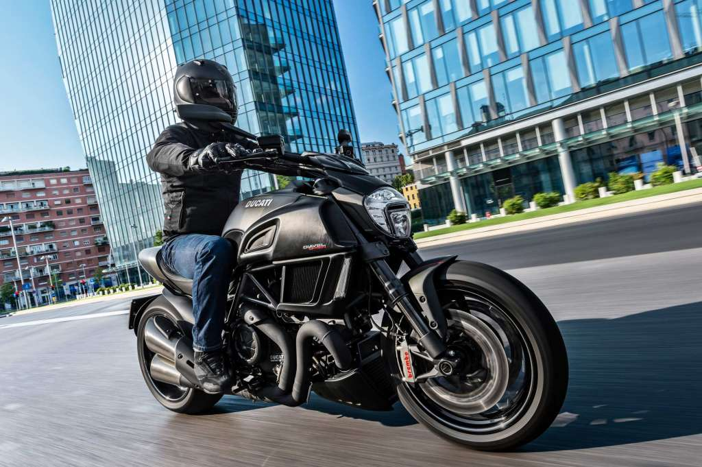 2018 Ducati Diavel Carbon Review Totalmotorcycle