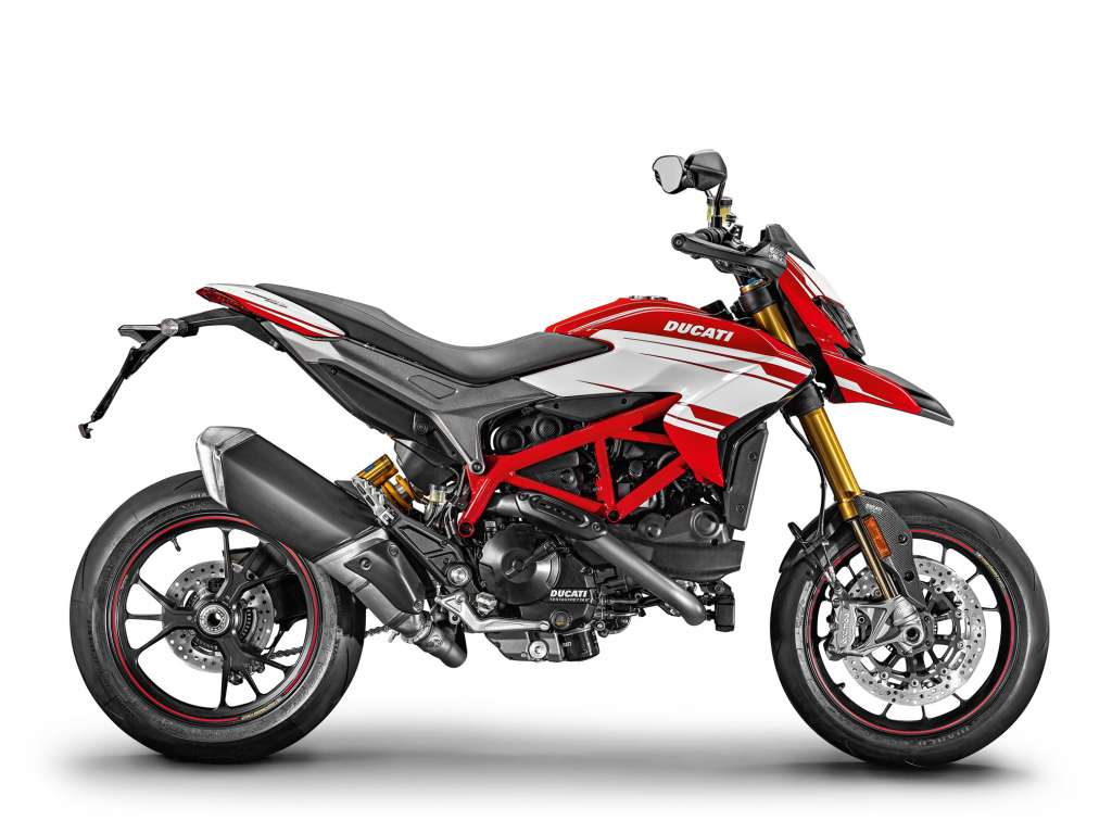 2018 ducati hypermotard 939 sp review total motorcycle. Black Bedroom Furniture Sets. Home Design Ideas