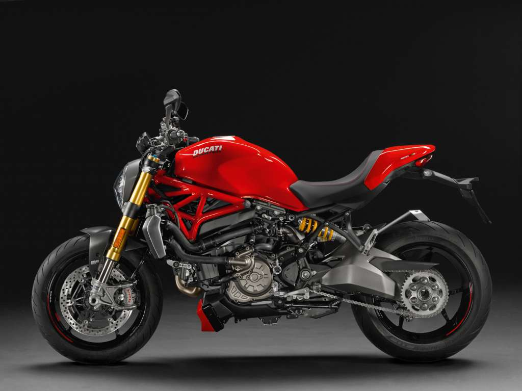 2018 ducati monster 1200s review total motorcycle. Black Bedroom Furniture Sets. Home Design Ideas