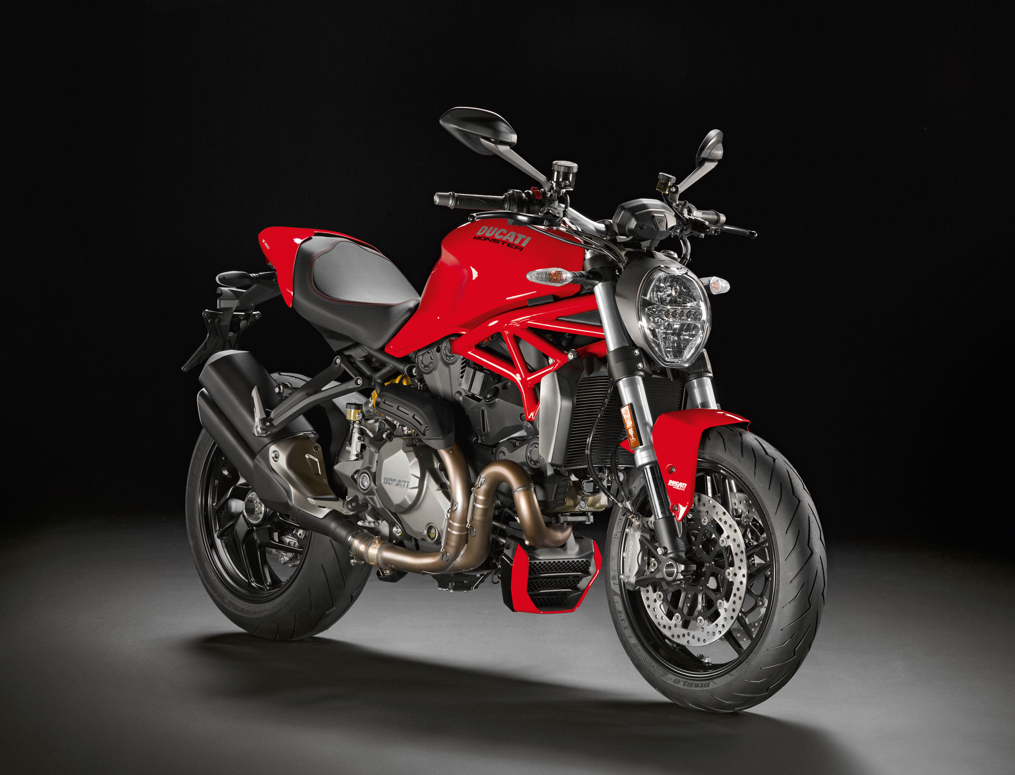 2018 ducati monster 1200 review totalmotorcycle. Black Bedroom Furniture Sets. Home Design Ideas