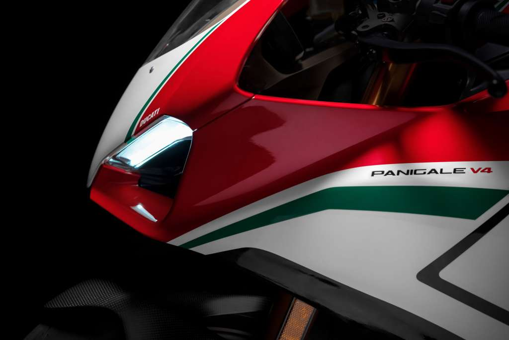2018 Ducati Panigale V4 Speciale