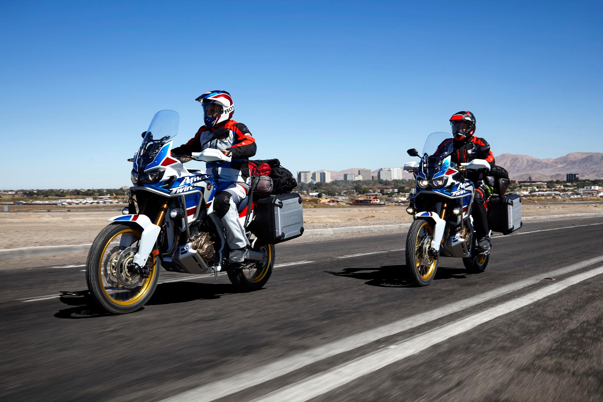 2018 honda africa twin adventure sports crf1000l2 review totalmotorcycle. Black Bedroom Furniture Sets. Home Design Ideas