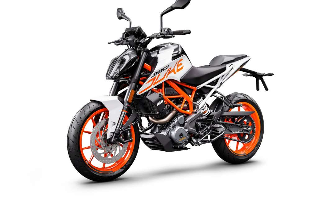 2018 KTM 390 Duke Review • TotalMotorcycle