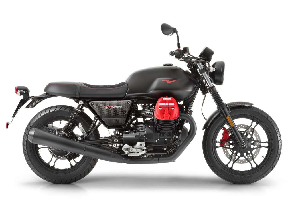 2018 moto guzzi v7iii carbon review totalmotorcycle. Black Bedroom Furniture Sets. Home Design Ideas