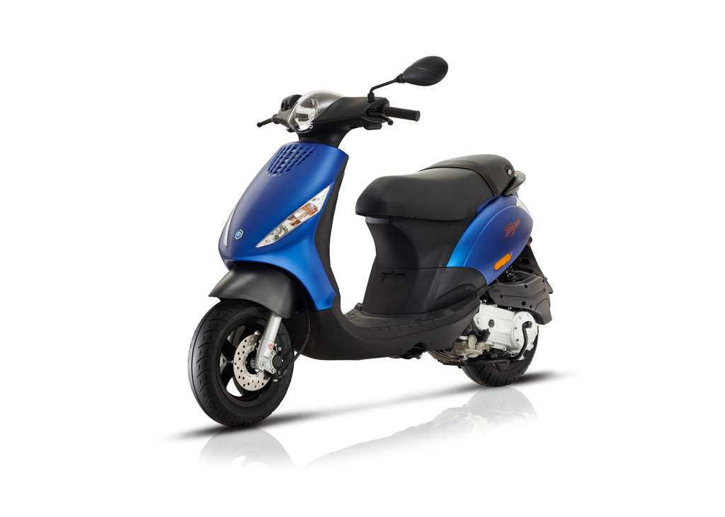 2018 Piaggio Zip 50 4S Review | TotalMotorcycle