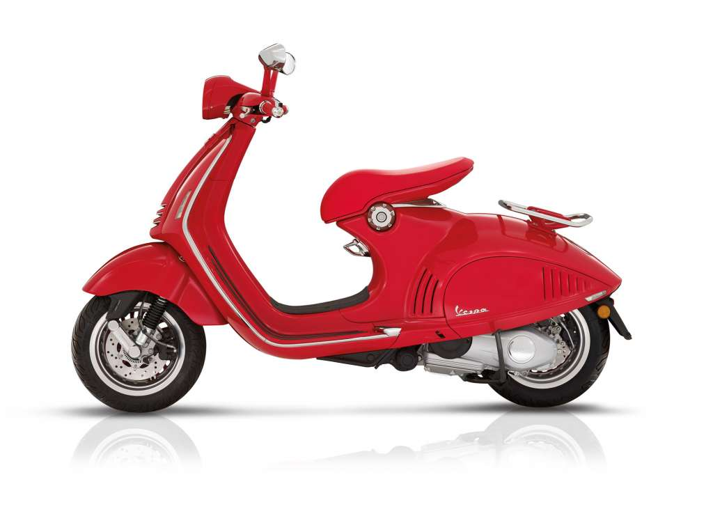 2018 vespa 946 red review totalmotorcycle. Black Bedroom Furniture Sets. Home Design Ideas