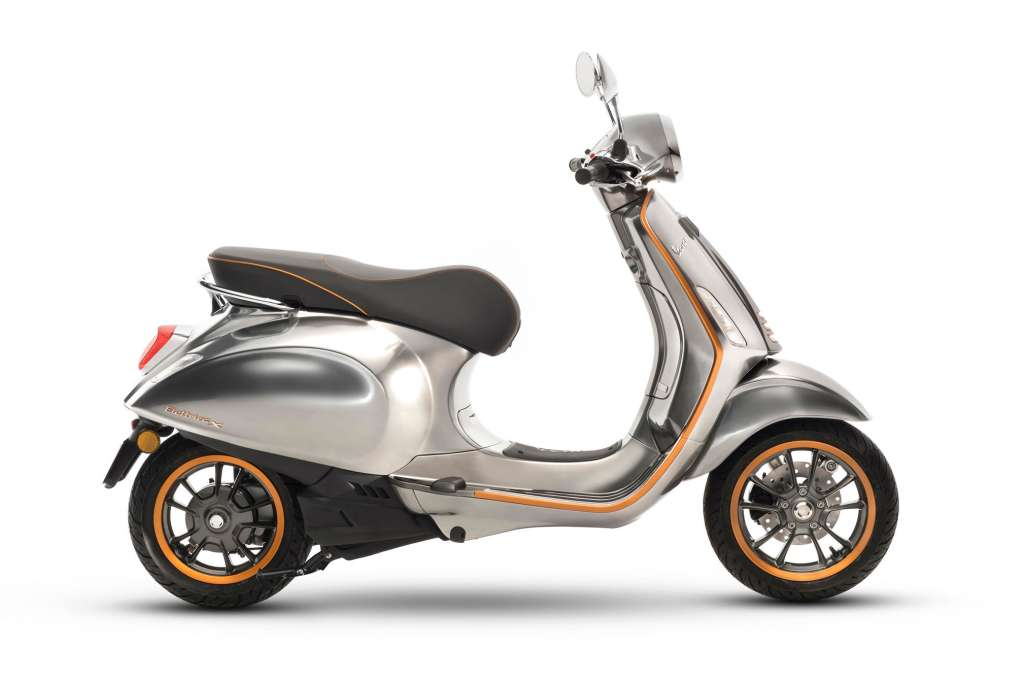 2018 vespa elettrica review totalmotorcycle