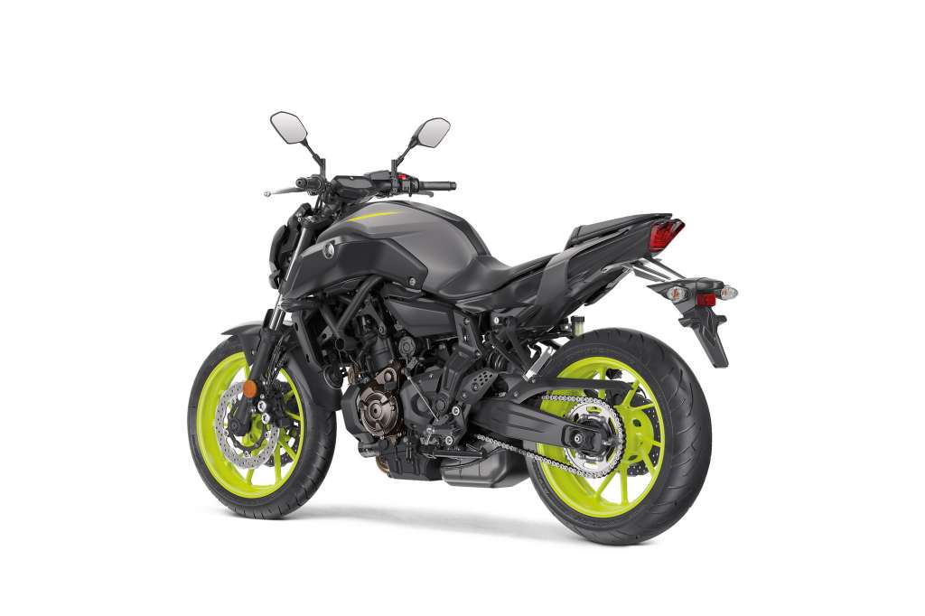 2018 yamaha mt 07 review total motorcycle. Black Bedroom Furniture Sets. Home Design Ideas