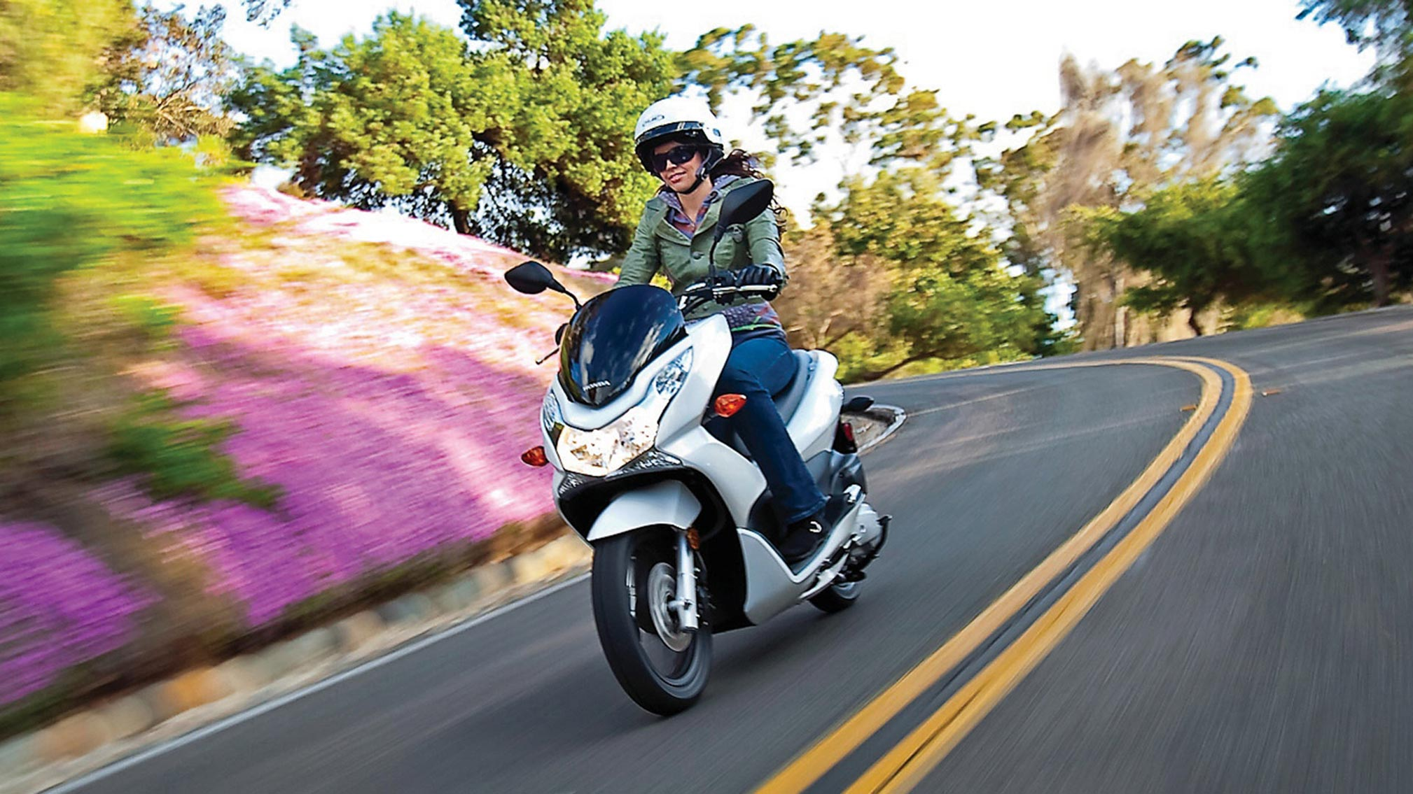 2018 Honda PCX150 Review • Total Motorcycle