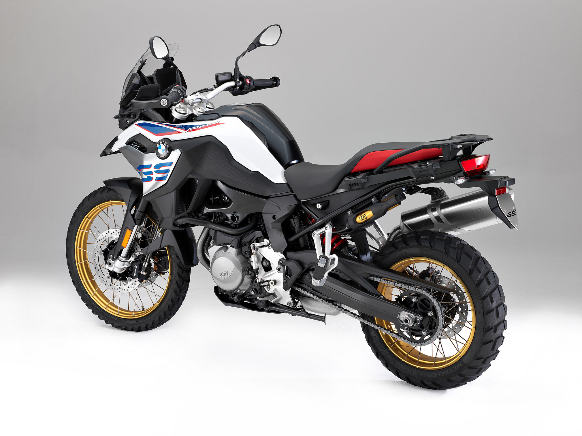 2019 bmw f850gs guide total motorcycle. Black Bedroom Furniture Sets. Home Design Ideas