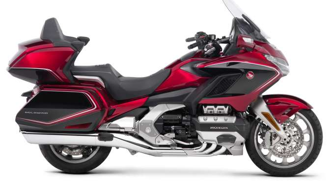 2019-Honda-Gold-Wing-Tour-Airbag-Automatic-DCT