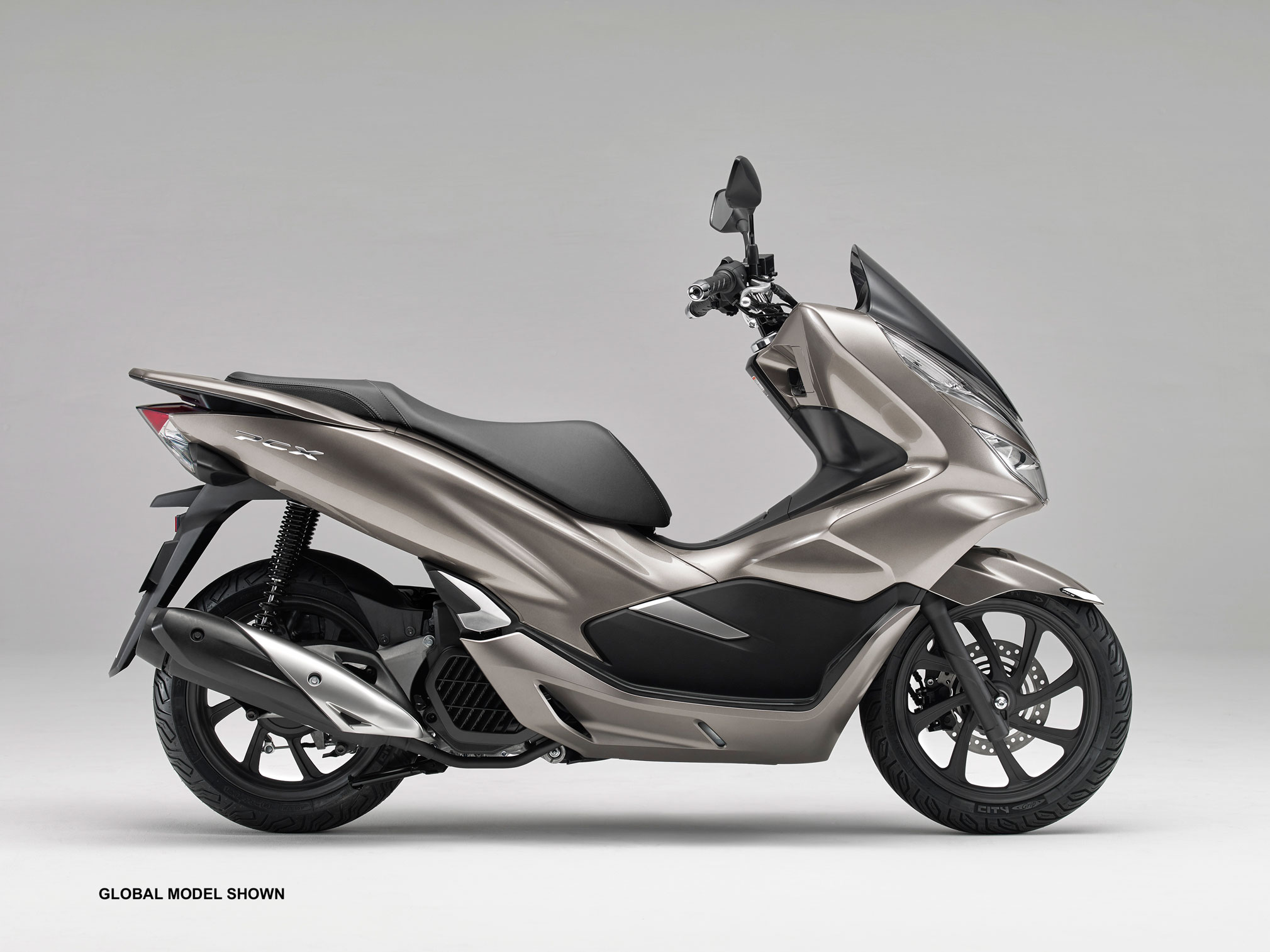 2019 honda pcx150 guide total motorcycle. Black Bedroom Furniture Sets. Home Design Ideas