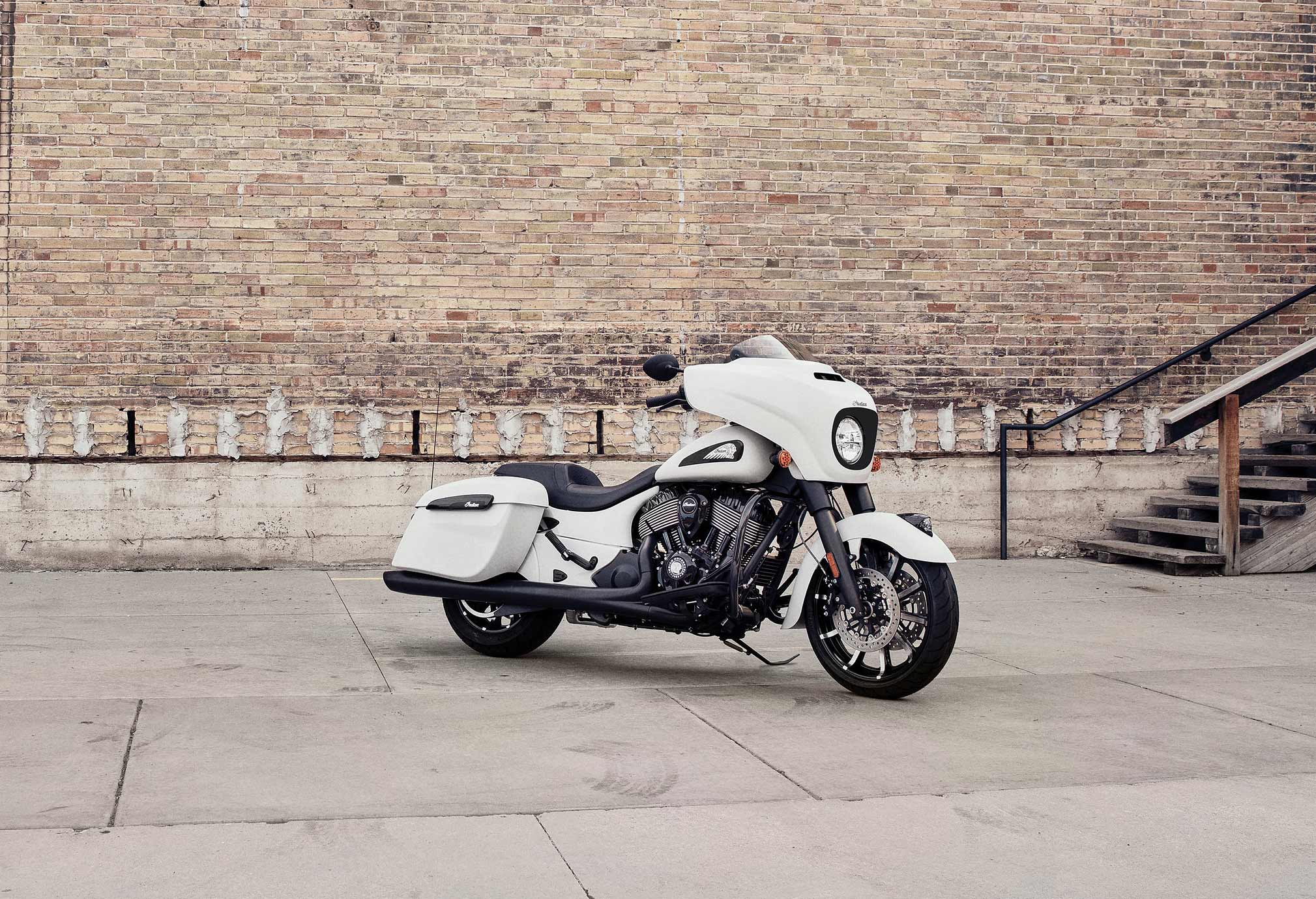 2019 Indian Chieftain Dark Horse Guide • Total Motorcycle
