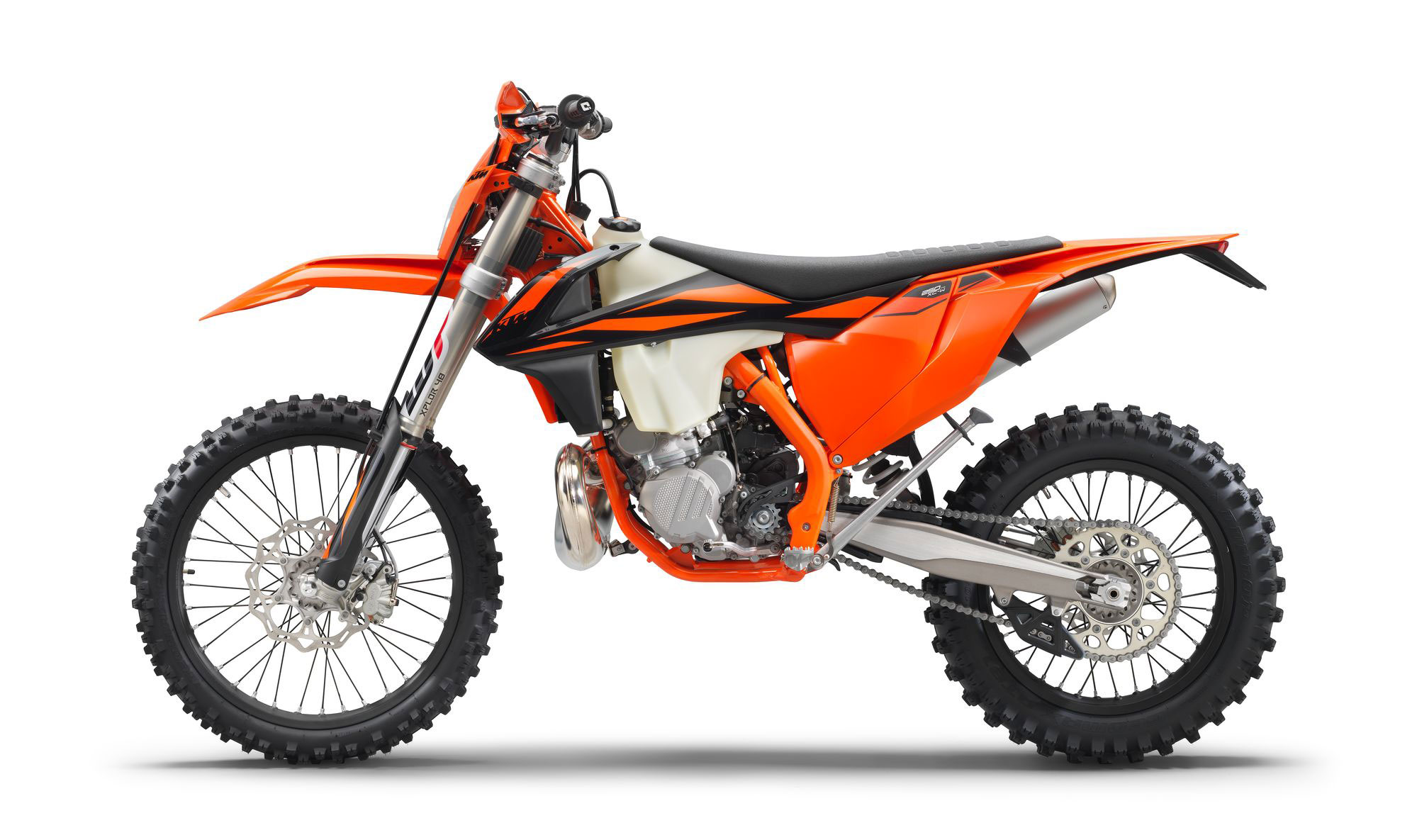 2019 ktm 250 xc w tpi guide total motorcycle. Black Bedroom Furniture Sets. Home Design Ideas