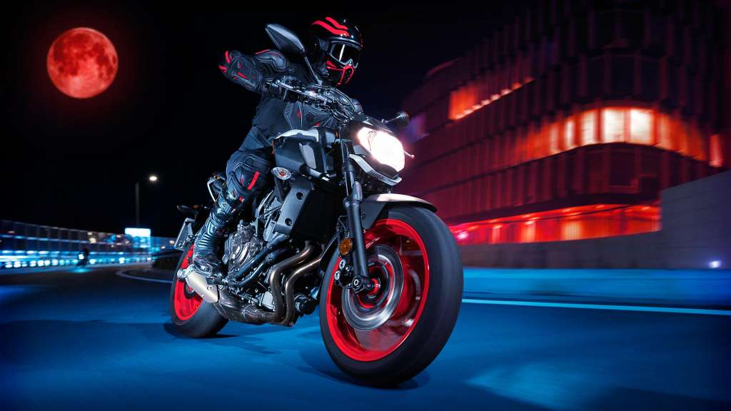 2019 Yamaha MT-07 Guide • Total Motorcycle