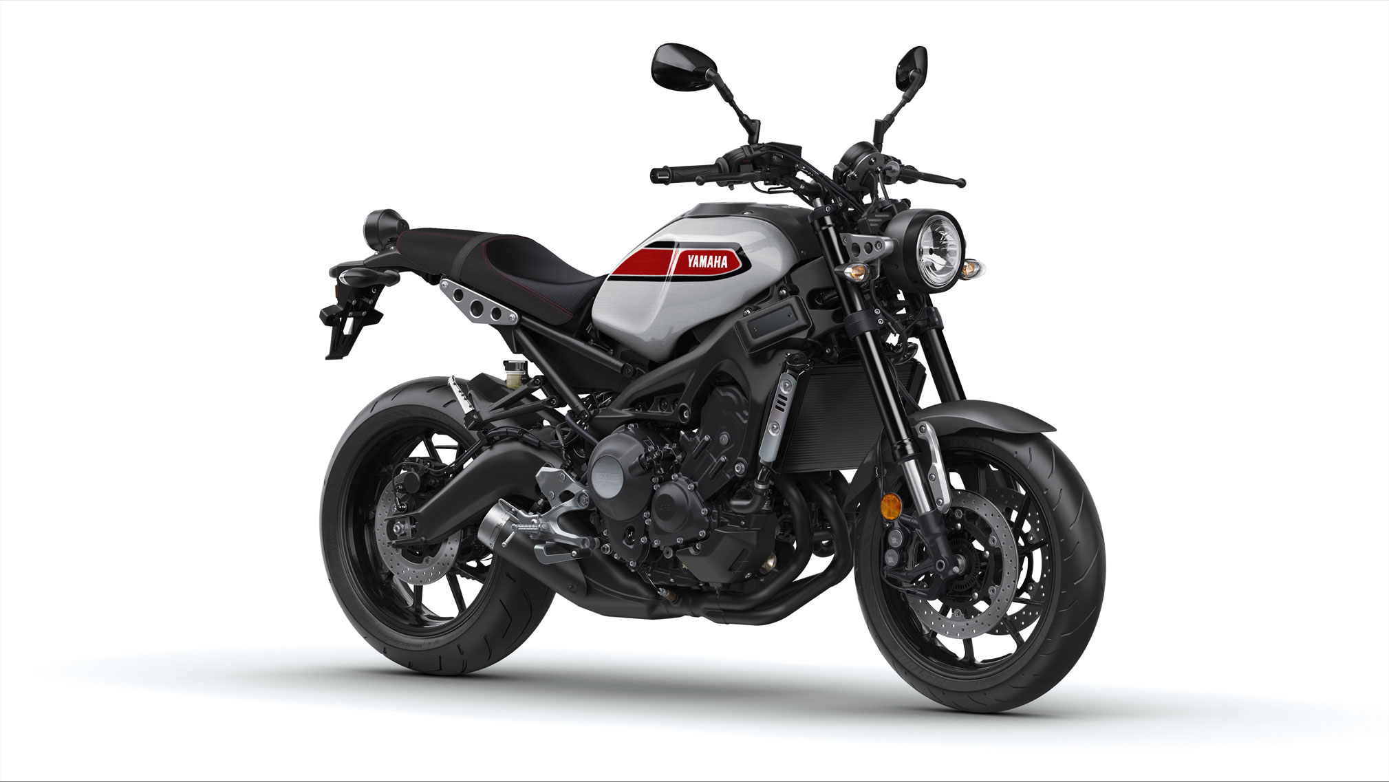 2019 yamaha xsr900 guide totalmotorcycle. Black Bedroom Furniture Sets. Home Design Ideas